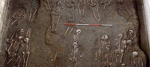 Over 1,000 Burials Found at Medieval Cemetery Under Cambridge University