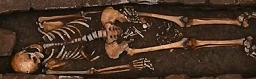 """The Medieval Woman Who """"Gave Birth"""" In A Coffin"""