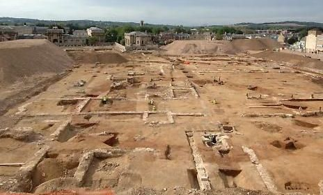 Archaeologists Uncover Prehistoric Landscape Beneath Oxford University, England