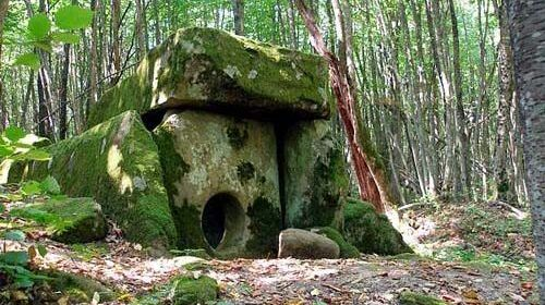 ANCIENT BUILDINGS FOUND IN RUSSIA WHICH IS 25,000 YEARS OLD