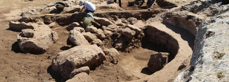 Archaeologists Excavate Ancient Settlement That May Predate 12,000-Year-Old Gobekli Tepe