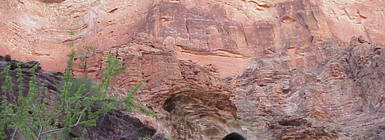 400-Year-Old Underground Complex Found in The Grand Canyon